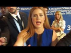 Caring and sweet Amy Adams and fascinating Jeremy Renner at Venice 73