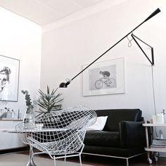 olohuone,sohva,nojatuoli,viherkasvi,lattiavalaisin