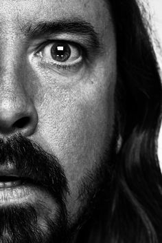 Dave Grohl, photo; Ed Miles
