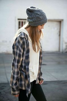 http://girlterest.com/hipster-clothing-hipster-girls-outfits/