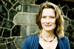 Article: Jennifer Egan shares her thoughts on the details of writing.