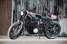 Yamaha XS750 cafe racer by the English worksop Spirit Of The Seventies.