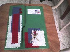 Decorado con papel corrugado con colores patrios y recortado en forma de servilletas