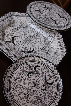 Hand Painted Black and White Set of Sicilian Maiolica