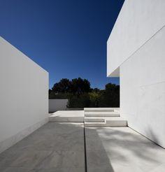 Gallery of La Pinada House / Fran Silvestre Arquitectos - 4