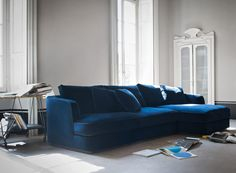 Barret sectional sofa, design by Roberto Lazzeroni for Flexform Mood., made in Italy. Ottoman Sofa, Sectional Sofa, Sofa Design, Living Room Sofa, Interior Design Living Room, Blue Velvet Sofa, Contemporary Interior, Luxury Furniture, House