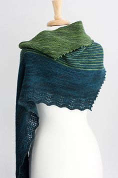 Ravelry: Zephyr Cove pattern by Rosemary (Romi) Hill   Another beautiful Romi design, garter stitch, short rows, lace. Love it!!!