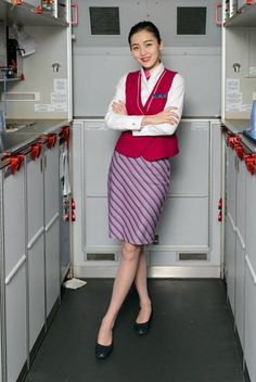 【China】 China Southern Airlines cabin crew / 中国南方航空 客室乗務員 【中国】 China Southern Airlines, Airline Cabin Crew, Guangzhou, Flight Attendant, Melbourne, China China, Beauty, Instagram, Fashion