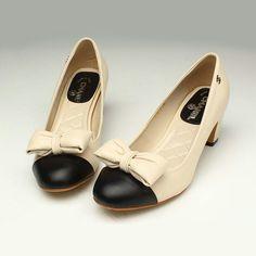 Sapatos Chanel