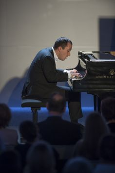 Chamber music festival at Swarovski Kristallwelten: Music in the Giant 2015 with pianist Lars Vogt.