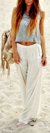 Summer fashion white pants beach grey top