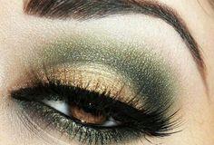 ❤️Beautiful Green Eyeshadow Tutorials And Ideas❤️ Sexy Eye Makeup, Green Eyeshadow, Cool Eyes, Amazing Eyes, Eye Make Up, Wedding Make Up, Cosmetics, How To Make, Beauty