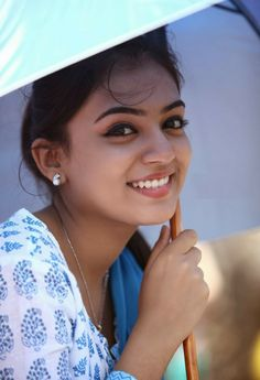 South Indian actress Nazriya Nazim best picture and wallpaper gallery. Best hd image gallery of actress Nazriya Nazim. Indian Film Actress, South Indian Actress, Beautiful Indian Actress, Indian Actresses, Beautiful Celebrities, Beautiful Actresses, Nazriya Nazim, Beautiful Smile, Beautiful Women