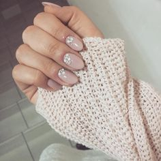 22 Nude Nail Art Ideas to Mix Up Your Basic Manicure