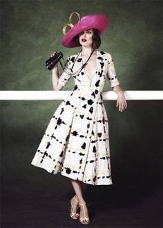 Royal Ascot unveils glamorous new film and high fashion photoshoot ahead of 2013 royal meeting Race Day Fashion, Races Fashion, Fashion Shoot, High Fashion, Fashion 2016, Spring Racing Carnival, Royal Ascot, Fashion Gallery, Dress To Impress