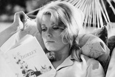 Catherine Deneuve #reading