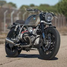 Foto BMW R100 by CRD: fascino e ruggine per la tedesca