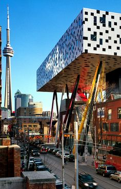 Ontario College of Art and Design. Designed by Allsop. An addition Supported by pillars that look like pencil crayons over the original building. Toronto - Fantastic...✈...