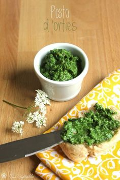 pesto d'orties Raw Food Recipes, Veggie Recipes, Vegetarian Recipes, Cooking Recipes, Healthy Recipes, Yummy Veggie, Vegan Sauces, Pesto Recipe, Spring Recipes
