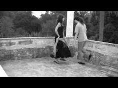 """La danza pizzica pizzica, in questo video sulle note de """"lu core meu"""", dal cd dei Ballati Tutti Quanti (fratelli Rizzello di Spongano -Lecce-) """"Ttacca banda""""..."""