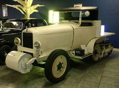 Just a car guy : The failed 1934 expedition across Canada in Citreon half tracks