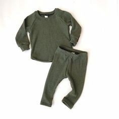 Baby Outfits, Toddler Boy Outfits, Toddler Boys, Neutral Baby Clothes, Trendy Baby Clothes, Baby Kids Clothes, Baby Boy Fashion, Kids Fashion, Fall Fashion Outfits