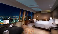 Not only Bangkok hotels are luxurious and cheap also the hotel offering is one of the best I have seen anywhere in the world. Check my top 10 Bangkok hotels