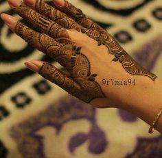 Henna                                                                                                                                                                                 More Mehndi Designs Feet, Mehndi Design Pictures, Mehndi Designs For Fingers, Mehndi Images, Latest Mehndi Designs, Henna Tattoo Designs, Bridal Mehndi Designs, Bridal Henna, Mehndi Fingers