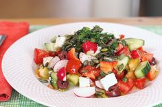 The Godess of all Greek Salads Traditional Greek Salad, Fruits And Veggies, Vitamin C, Caprese Salad, Fertility, Food Hacks, Salads, Pregnancy, Lunch