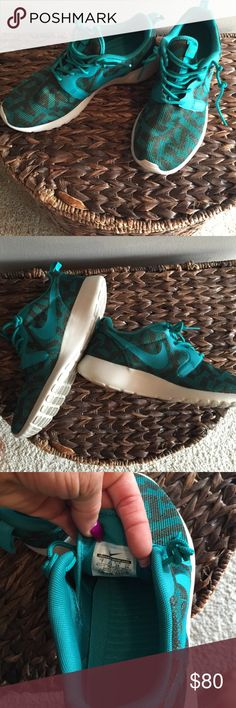 Nike Rosche gymshoes size 7. Real and green Only visible that they've been worn when you look at the bottom of the shoe – obviously with a white sole, they show that I've  walked in them. There is absolutely no other mark on the shoe. They're absolutely perfect. Size 7. Nike Shoes Athletic Shoes