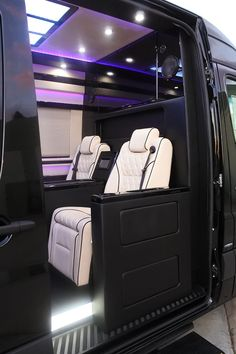 El Kapitan Limo Conversion Vans Take Executive And Celebrity Transport To A New High With Spacious