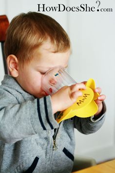How to get your kids to drink more WATER! {Also, a cute way to keep their drinks from tipping over!} So fun!