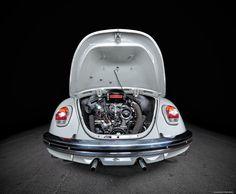 VW 1500 Ano: 1968 Cilindrada: 1493 cm3 Potência: 44 cv às 4000 rpm Velocidade máxima: 130 km/h Caixa de velocidades: 4 velocidades sincronizadas Transmissão: Traseira