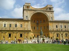 Vatican Museums Showcasing Vintage in Artful Interior : Vatican Museums Front View