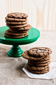 Hummingbird High - A Desserts and Baking Food Blog in Portland, Oregon: Cracked Ginger-Molasses Cookies
