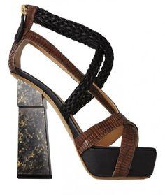 Aperlai, collezione scarpe primavera estate 2013: sandali scultura bicolor