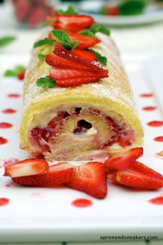 Apron and Sneakers - Cooking & Traveling in Italy and Beyond: Strawberry and Mascarpone Swiss Roll