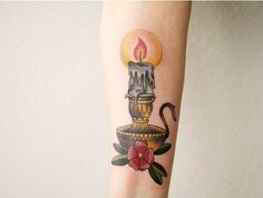 Let your light shine 💜Lovely traditional piece by Peco Tattooer. Time Tattoos, Body Art Tattoos, Hand Tattoos, Small Tattoos, Candle Tattoo, Lantern Tattoo, Traditional Ink, Neo Traditional Tattoo, Poppies Tattoo