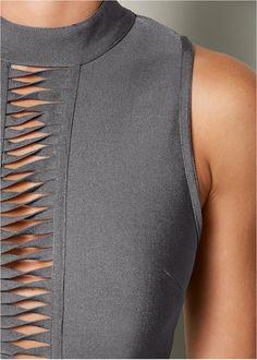 Alternate View Slimming Mock Neck Dress - Women's style: Patterns of sustainability Fashion Details, Fashion Tips, Fashion Design, Fashion Trends, French Fashion, Fashion 2018, Fashion Wear, Fashion Fashion, Fashion Online
