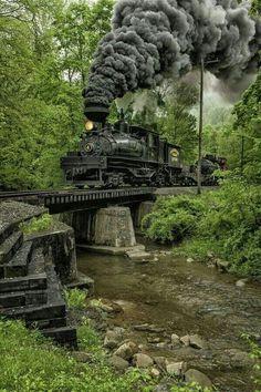 Shaw Steam Locomotive crossing a creek bridge in West Virginia. Train Tracks, Train Rides, Train Miniature, Old Trains, Train Pictures, Steam Engine, Model Trains, Belle Photo, State Parks