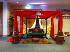 http://www.regalweddingservices.co.uk/ Presents Mehndi stages, Mehndi stages in UK, London Mehndi stages, Mehndi stages in London, UK Mehndi Stages