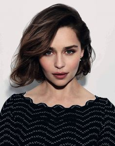 'Game of Thrones' Star Emilia Clarke Joins the Cast of the Han Solo 'Star Wars' Spin-Off Hair Rainbow, Woman Crush, Hair Dos, Beautiful Actresses, Pretty People, New Hair, Gorgeous Women, Hair Inspiration, Short Hair Styles