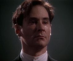 to be or not to be: Kevin Kline as Hamlet   FlickFilosopher.com Kim Basinger Now, Shakespeare Characters, Kevin Kline, Robert Redford, Back To The Future, Heidi Klum, Demons, Theater, Literature