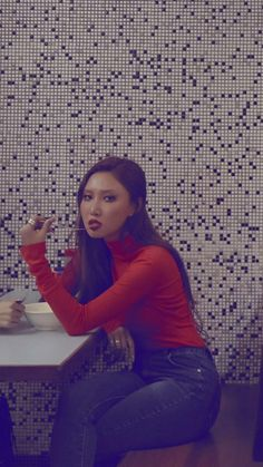 mamamoo uploaded by Jung Shelby on We Heart It Kpop Girl Groups, Korean Girl Groups, Kpop Girls, Solar Mamamoo, Rapper, Soyeon, Height And Weight, Kpop Aesthetic, Kpop Fashion