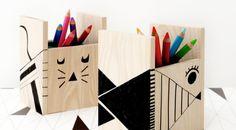 Μολυβοθήκη Pots, Diy Crayons, Pot A Crayon, Bois Diy, Idee Diy, Leroy Merlin, Decoration, Magazine Rack, Creations