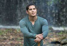 JD Pardo: perfectly delightful to look at