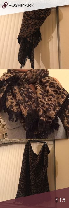 H&M leopard scarves Never worn. Been sitting in the closet and it's in excellent condition H&M Other