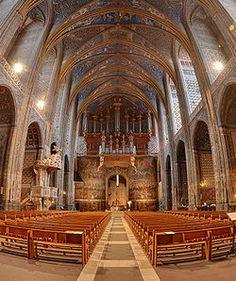 Catedral de Santa Cecilia en Albi, Francia, por dentro.
