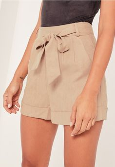 Introducing the AW16 collection in collaboration with French fashion blogger, Caroline Receveur.  Are you faux real!? Sweeten up your look in these belted shorts - featuring a country tan hue, tie belt fasten and a high waisted style.