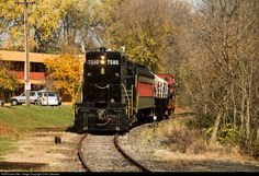 Clinton Terminal Railroad 7580 Ex CR 7580 GP10 with temporary Colebrookdale Railroad markings approaches King St in Pottstown, PA on their Autumn Splendor excursion to meet the Amtrak Autumn Express at CG on the NS Harrisburg line.